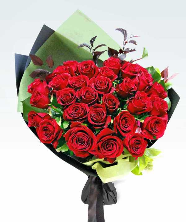 Flowers & Bouquets Premium Romance – Dozen Roses