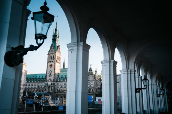 Rathausmarkt während der Covid 19 Pandemie / Corona Hamburg