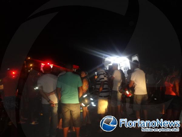 Acidente entre carro e moto deixa duas pessoas feridas em Floriano.(Imagem:FlorianoNews)