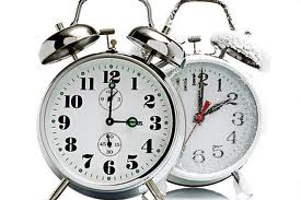 Reminder Daylight Savings Time Turn Clocks Weekend