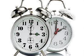Reminder Daylight Savings Time Turn Clocks Weekend