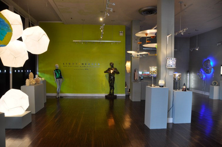 Lightheaded-fine-craft-lighting-exhibition-4741
