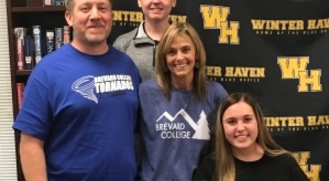 Winter Haven 2018 Bailey Harris Commits to Brevard College!