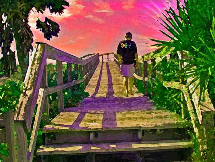 Florida Rambler writer Bob Rountree on the boardwalk at Boca Grande