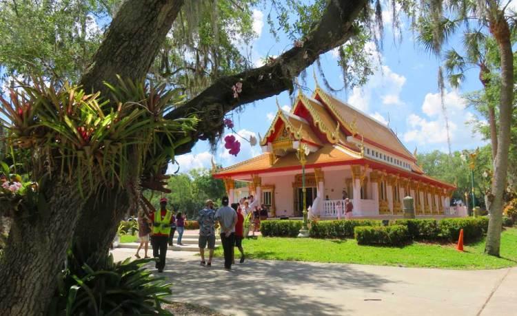 Wat Mongkolratanaram (Wat Tampa)