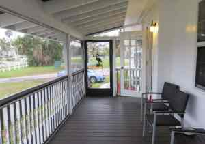 Everglades Rod and Gun Club cabins have large screened porches. (They are shared by two rooms.) (Photo: David Blasco)