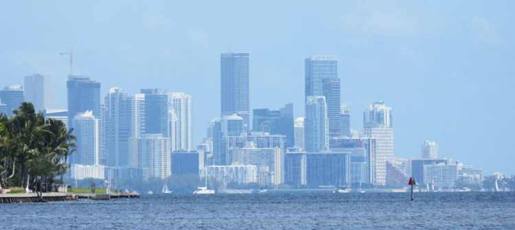 Miami skyline from Matheson Hammock Park. (Photo: David Blasco)