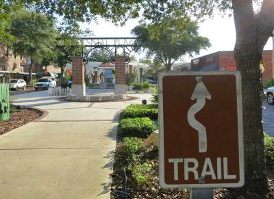 The West Orange Trail goes down the landscaped park-like median in Winter Garden.