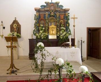 Entradas de Iglesias, Floristería Maru, Melide
