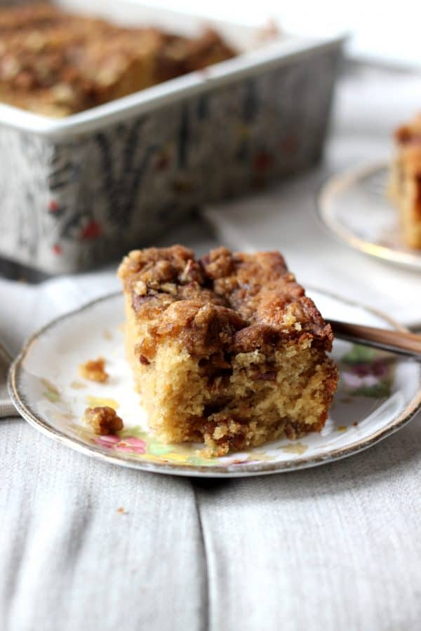 Walnut Crumb Cake