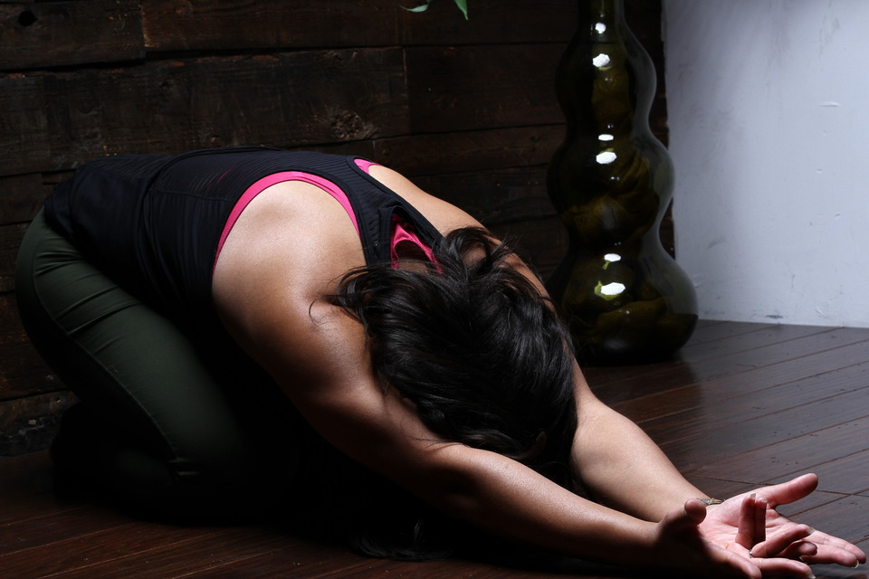 createherstock-yoga-pose-lydia-reddic-photo-2