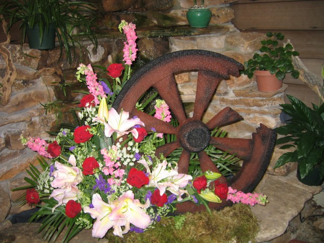 Wagon Wheel Arrangements