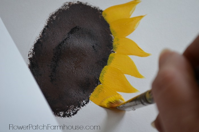 How to Paint a Sunflower, easy and fun, one stroke at a time. FlowerPatchFarmhouse.com