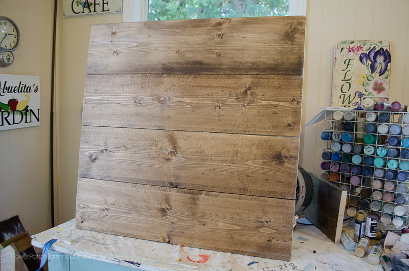 Attach boards together for rustic art, DIY Pallet for Farmhouse Decor