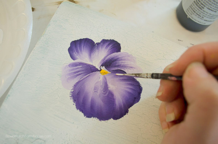 how to paint a pansy, FlowerPatchFarmhouse.com (16 of 19)