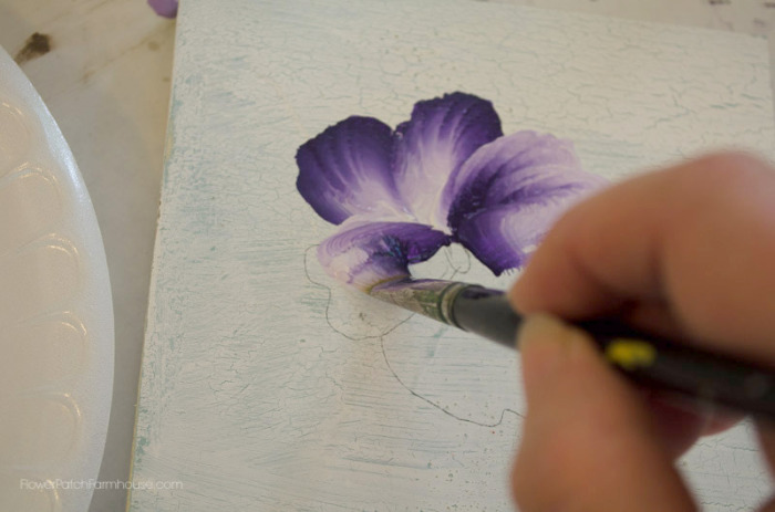 How to Paint Pansies, One stroke at a time, FlowerPatchFarmhouse.com