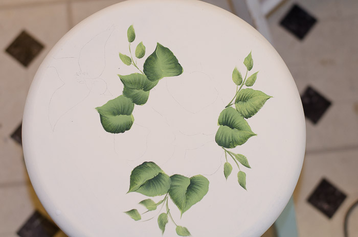 Refreshing little Stool, FlowerPatchFarmhouse.com