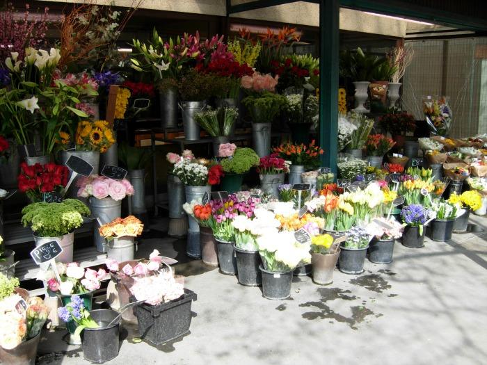 Yellow flowers Paris floral shoppe, FlowerPatchFarmhouse.com