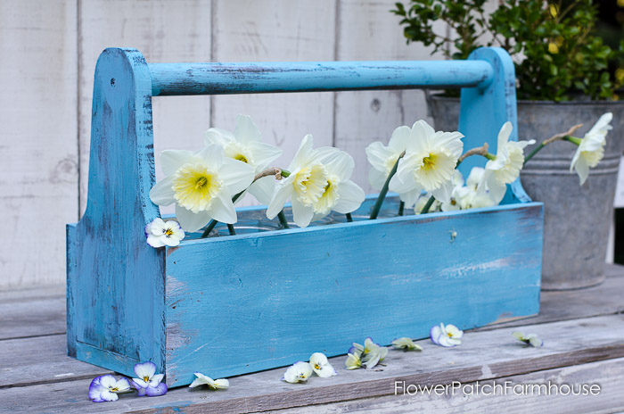 Rustic Blue Toolbox DIY, FlowerPatchFarmhouse.com (10 of 19)