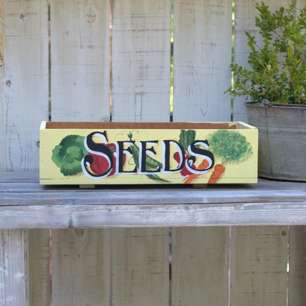 DIY vintage seed box planter from cedar fence boards, FlowerPatchFarmhouse.com