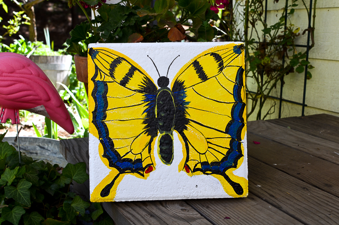 Come paint a Swallowtail butterfly on a plain cement paver and make it into a fabulous stepping stone for your garden. Practical garden art easy to make!
