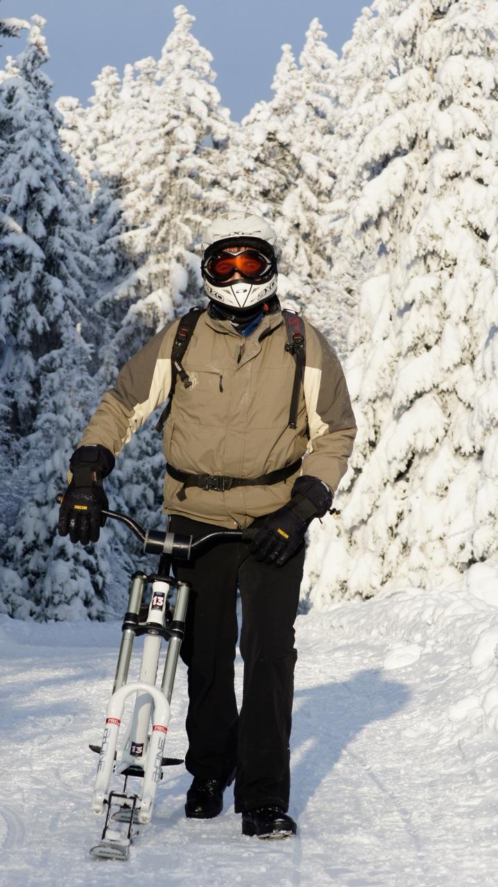 bullskate snowbike pilatus