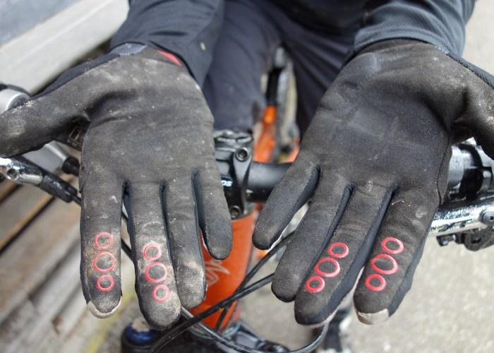 ion wisp handschuh glove