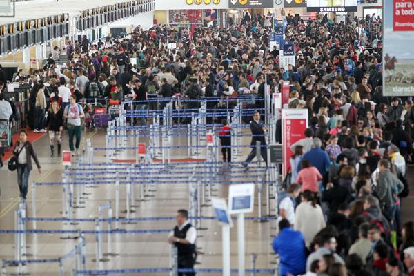 Paro nacional 25/6: Cómo operarán las líneas aéreas en Argentina