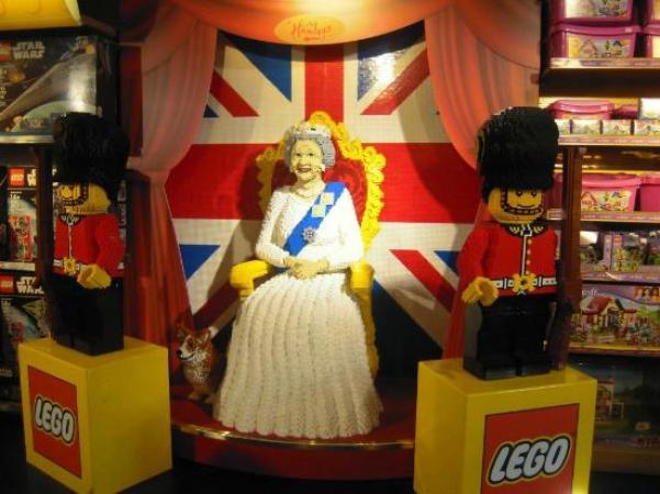 La familia real construida con Lego