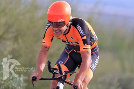 Cowan on the way to the win at the TBC Stage 1 ITT ©Resul Kurtbedin Photography