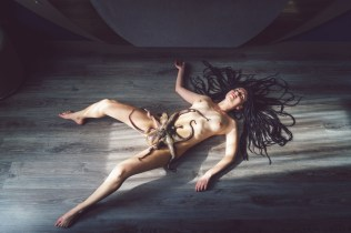 Photo Manuel Colombo, model Bunny Roberts