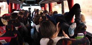 Sunita Prasad crowdsurfing around the bus