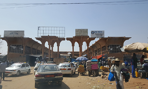 The Busy Market Of Niamey On Contract
