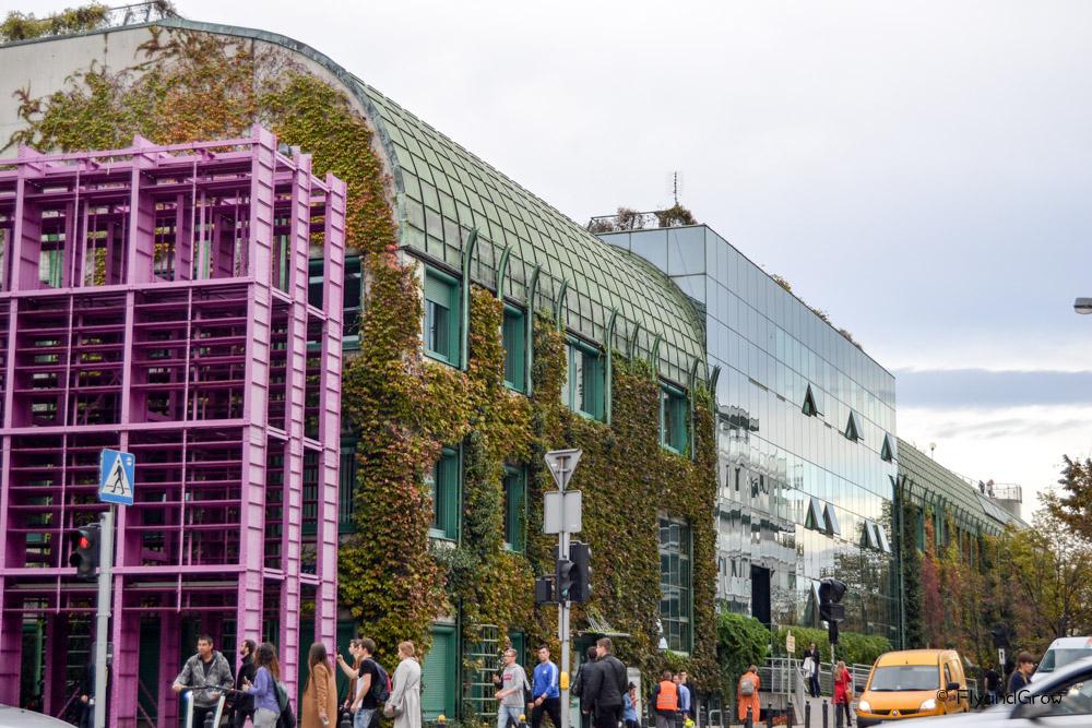 Edificio moderno de Varsovia