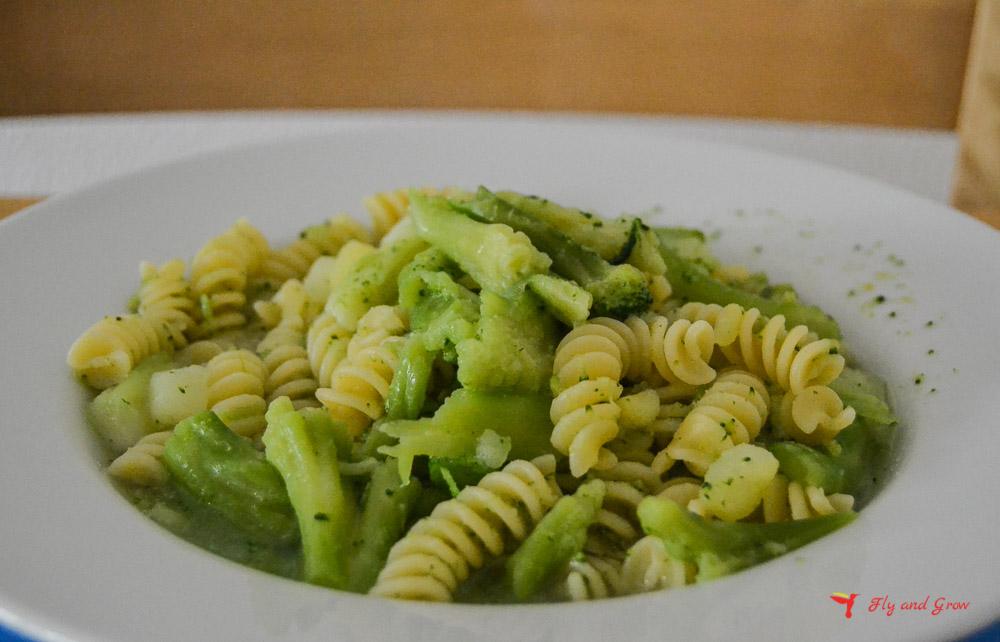 Pasta con brócoli y patata receta italiana