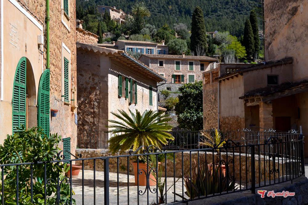 guía de Deià, Mallorca