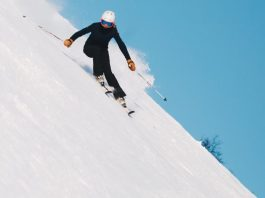 Hot Deals for Ski Packages Canada and USA