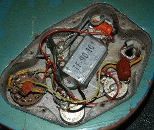 Pelham Blue 1965 Gibson EB3 bass  electronic circuitry
