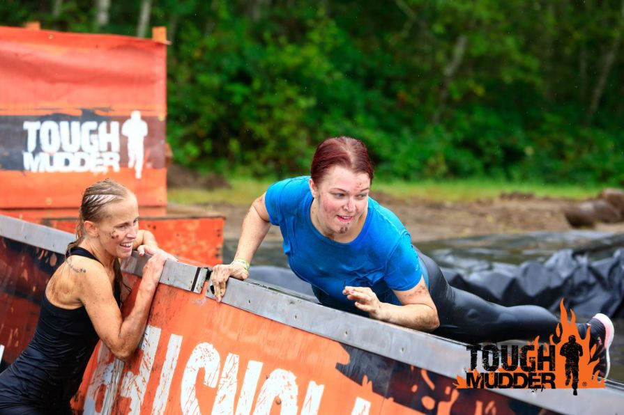 Lindsee in a Tough Mudder race