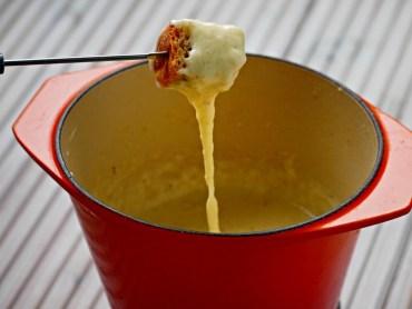 Recept Zwitserse Kaasfondue zonder kirsch