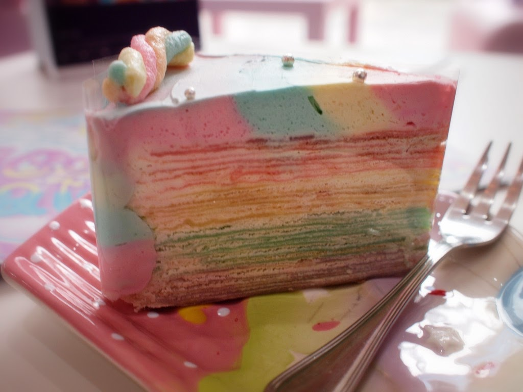 Unicorn Cafe bangkok Rainbow Crepe Cake