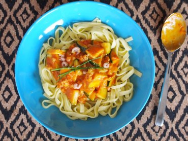 Pasta met garnaaltjes en courgette