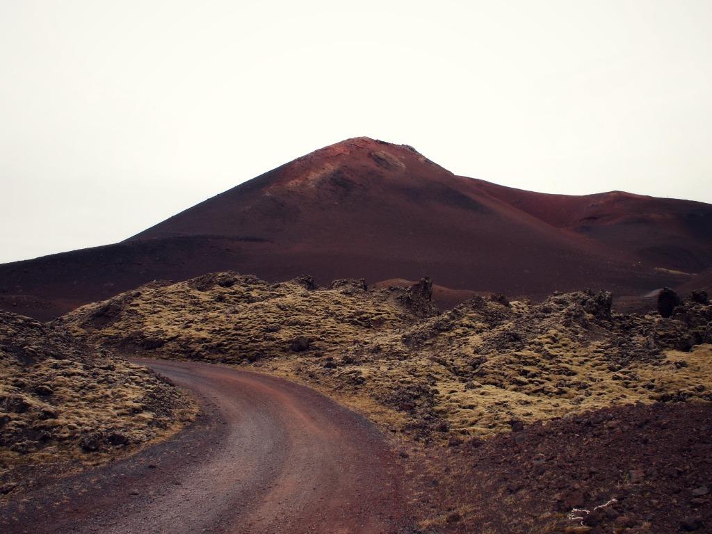 Vulkaan op Rare enge hoge trap op vestmannaeyjar ijsland