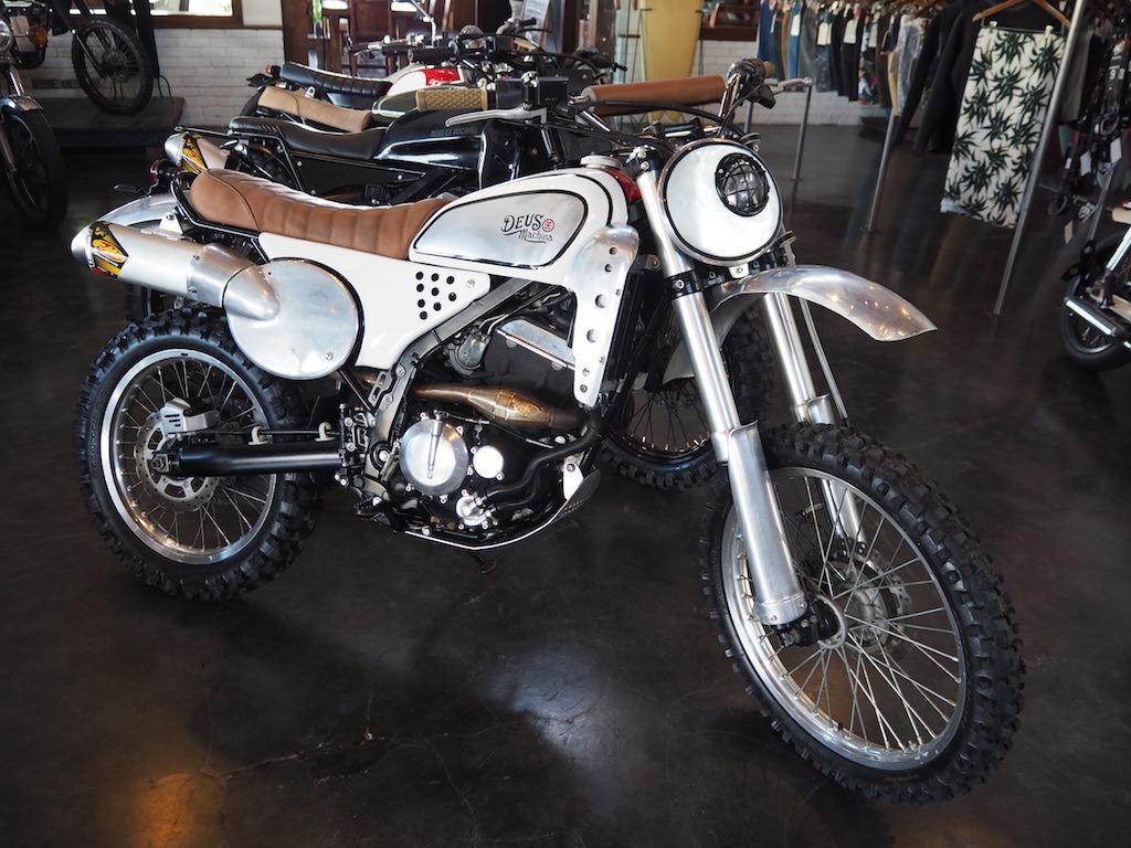 Deux Ex Machina motor Bali