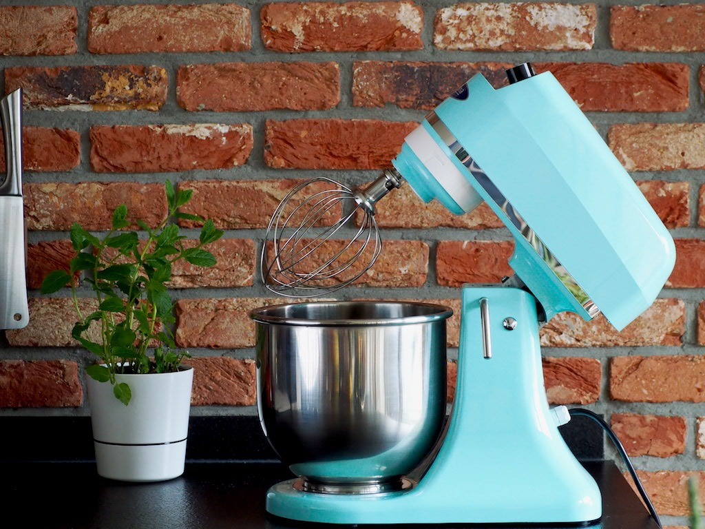 Licht blauwe stand mixer Maxima 7 L