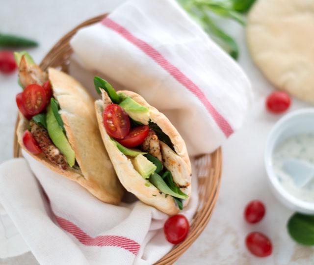 Pita-met-gegrilde-kip