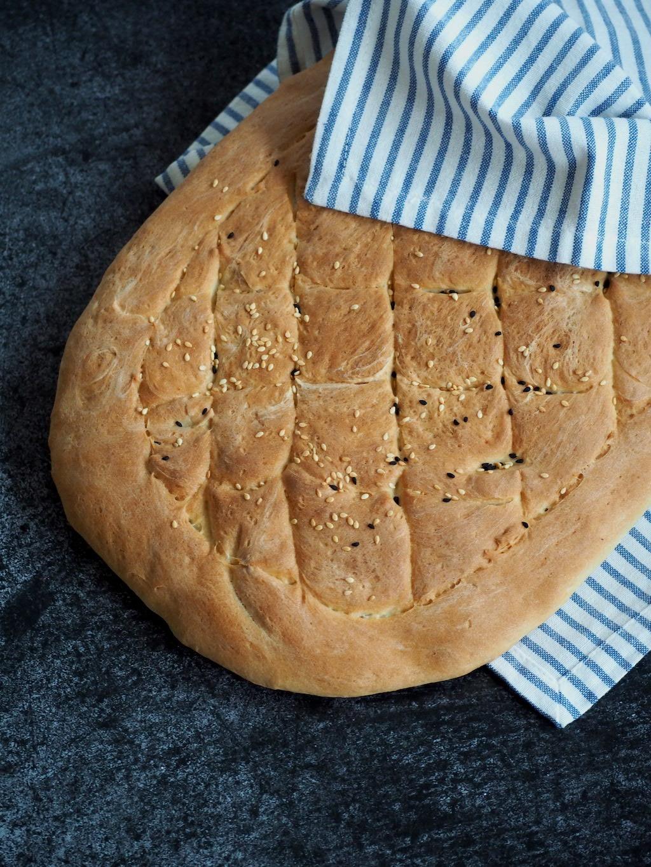 Zelf Turks brood maken