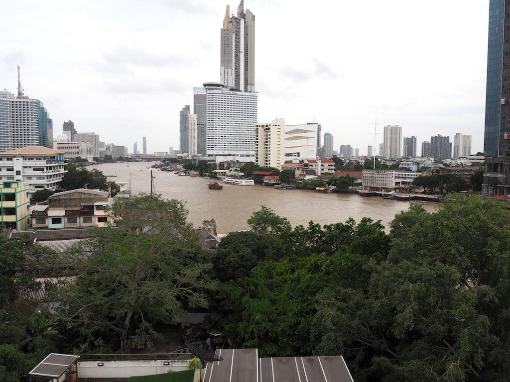 River View Rooftopbar Bangkok uitzicht