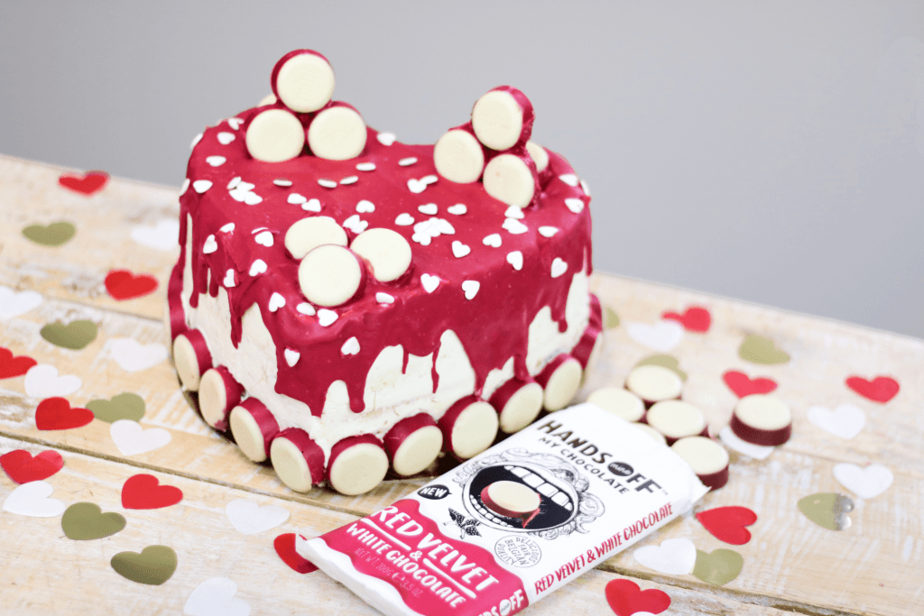 Red velvet Valentijns taart