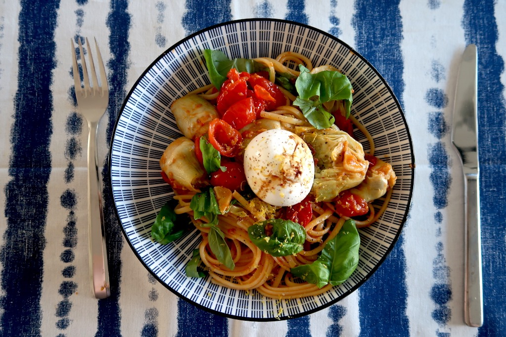 pasta tomaat artisjok burrata
